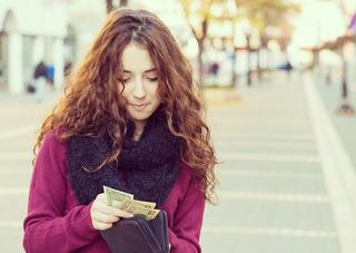 お金が貯まる人は、大切な仲間との交友関係や健康を左右する食費には惜しまず使う.jpg